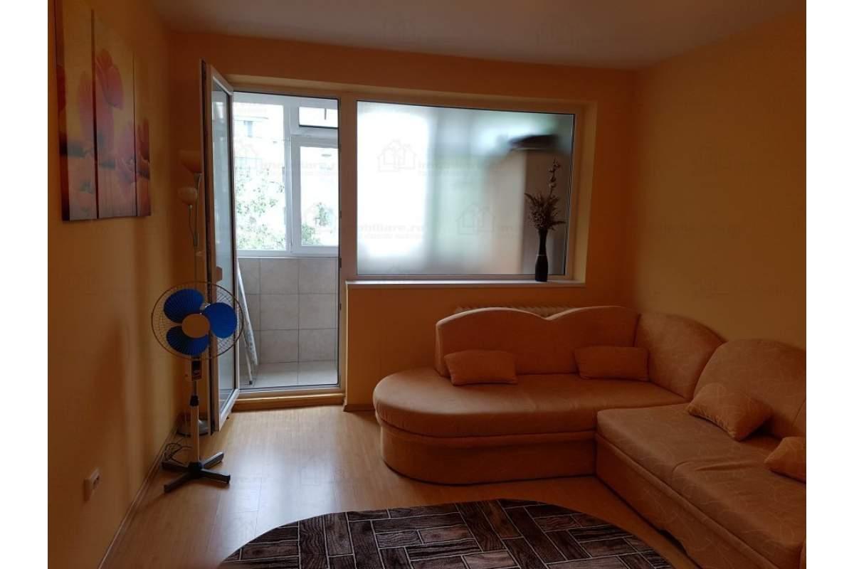 Ap. 2 camere, zona Brotacei, 300eur, termen lung, exclus agentii imobiliare