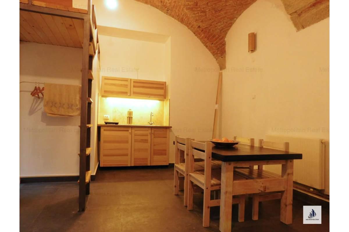 Apartament 1 camera de inchiriat ultracentral, ideal birou, Eroilor