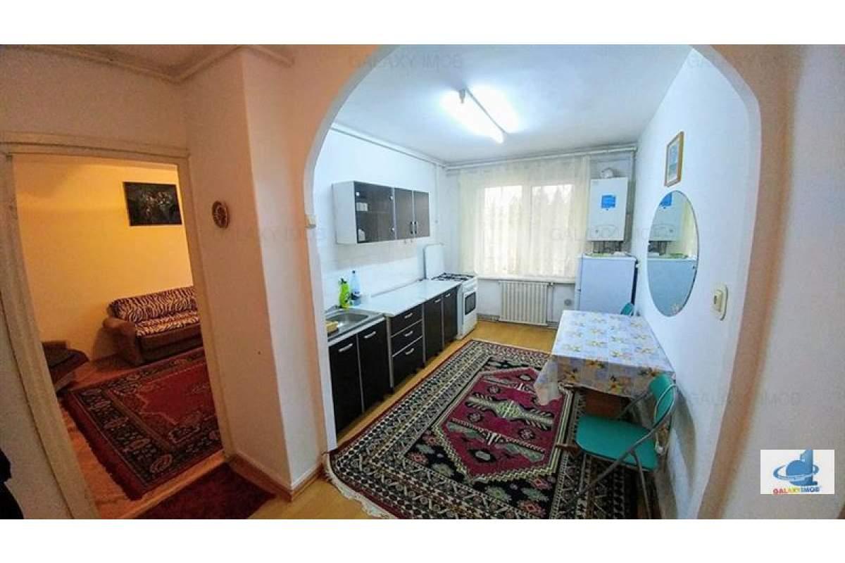 Apartament 2 camere de inchiriat Cornisa