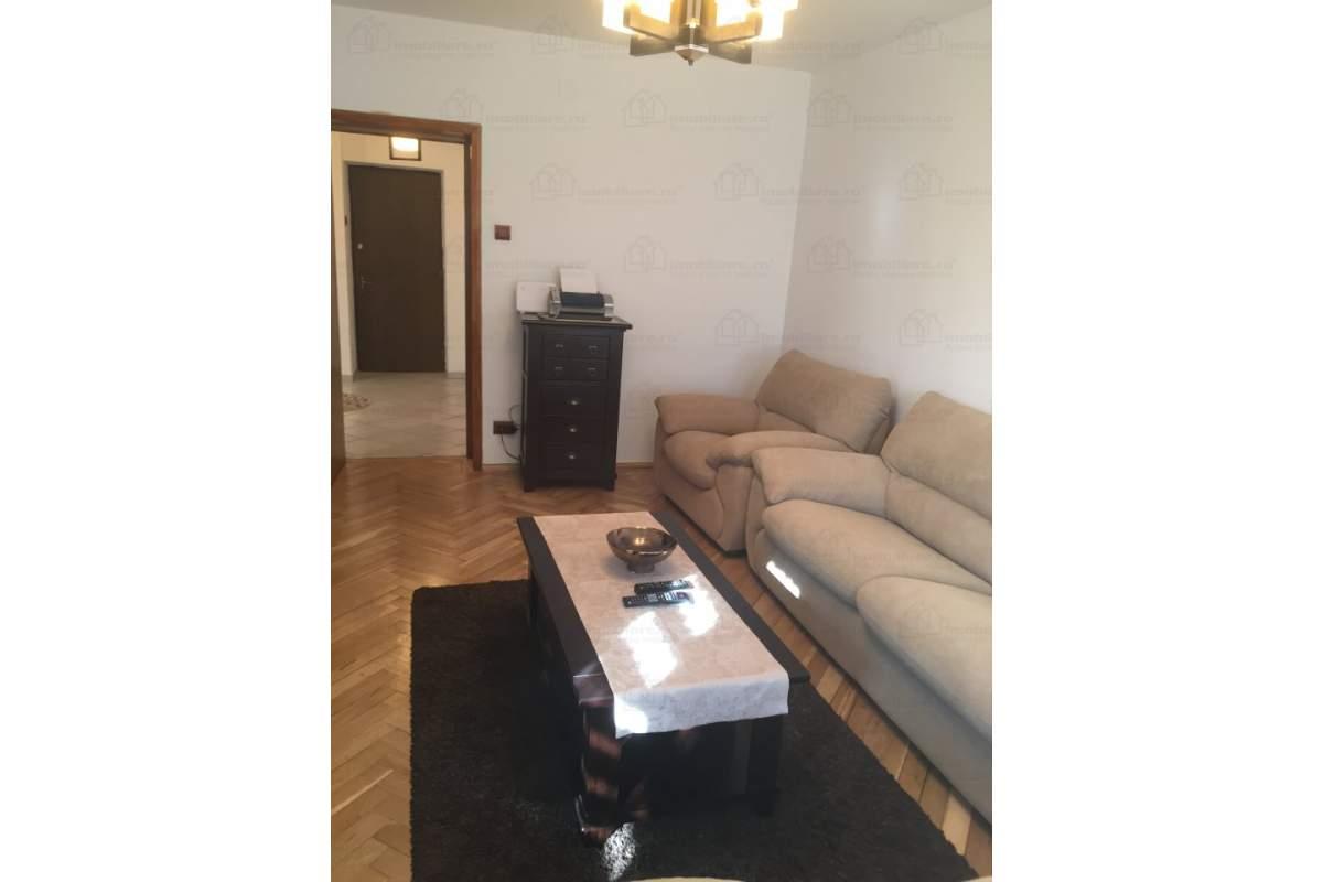 Apartament 2 camere decomandat,complet mobilat si utilat, zona Piata Unirii