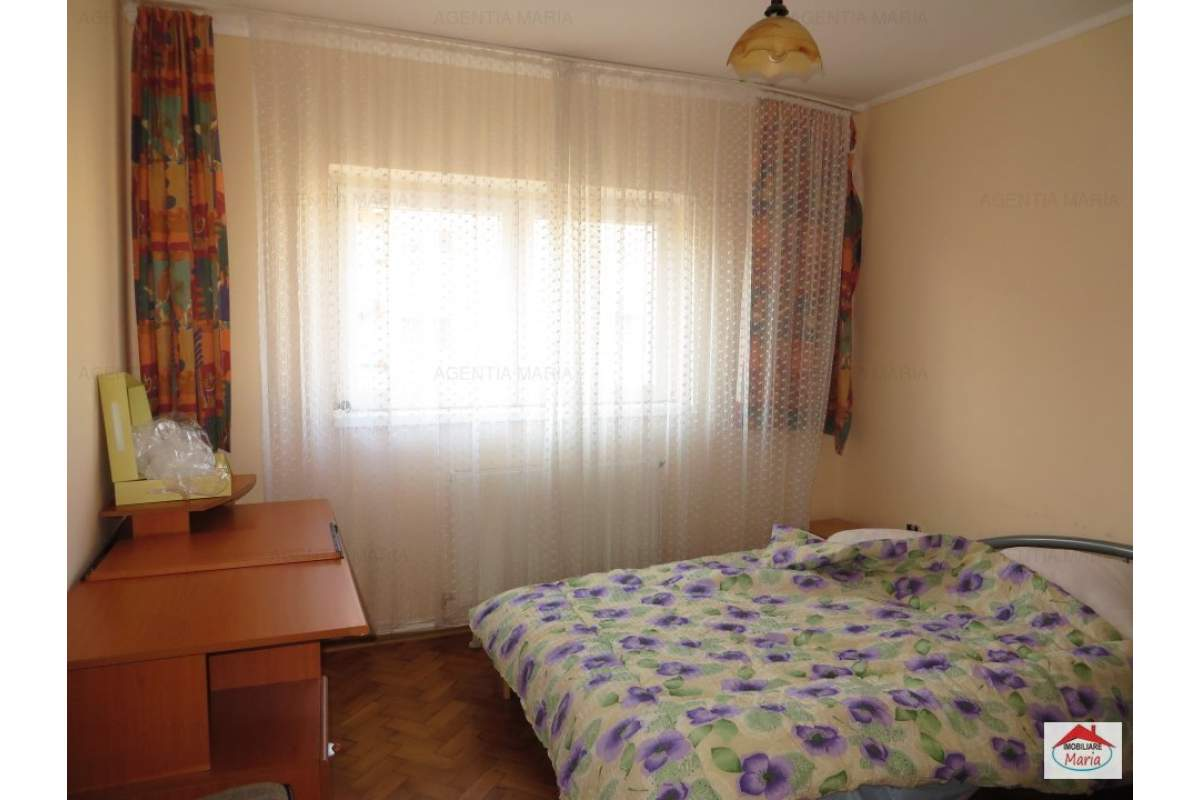 Apartament 2 camere decomandate, centru