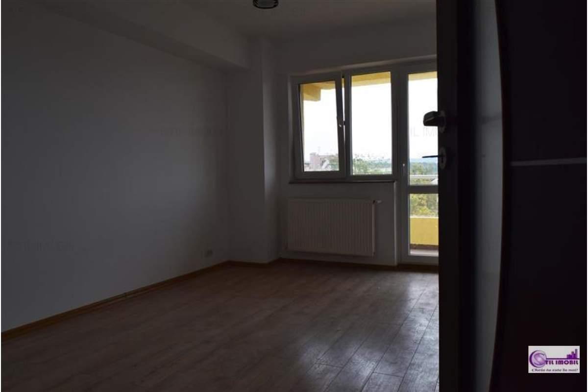 Apartament 2 camere decomantat NEMOBILAT bloc 2017 CUG
