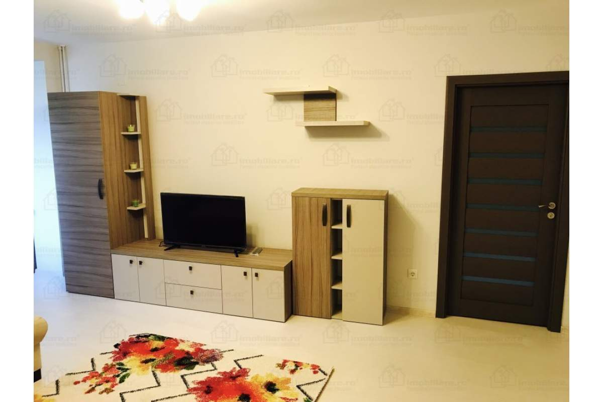 Apartament 2 camere lux, ultracentral pe malul Crisulu langa pizzeria Crinul Alb