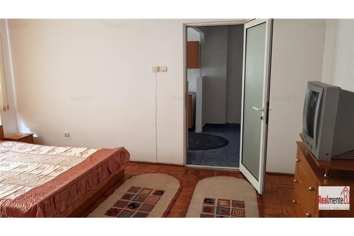 Apartament 2 camere , mobilat