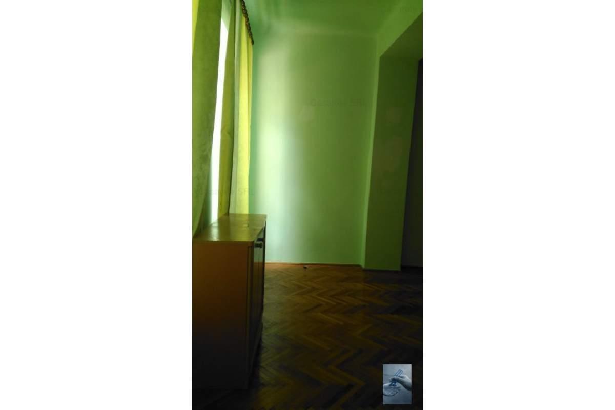 Apartament 2 camere pentru locuit sau birouri !!!