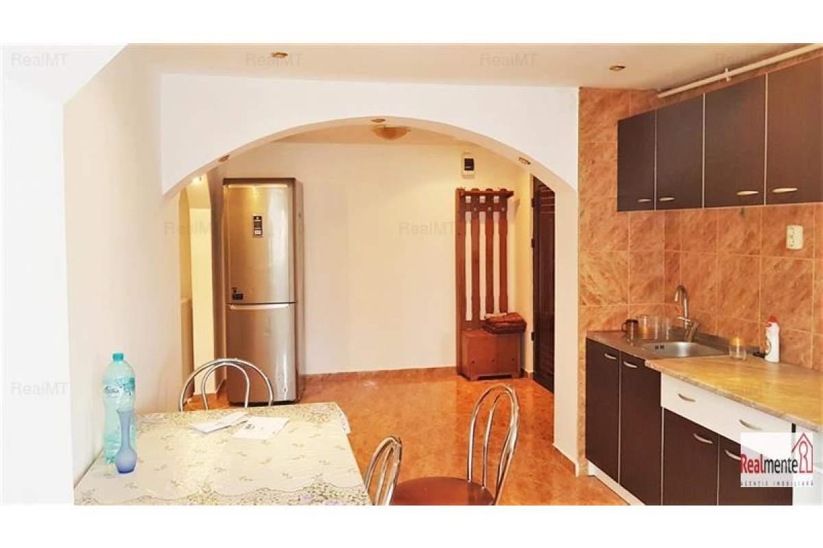 Apartament 2 camere, Tolstoi
