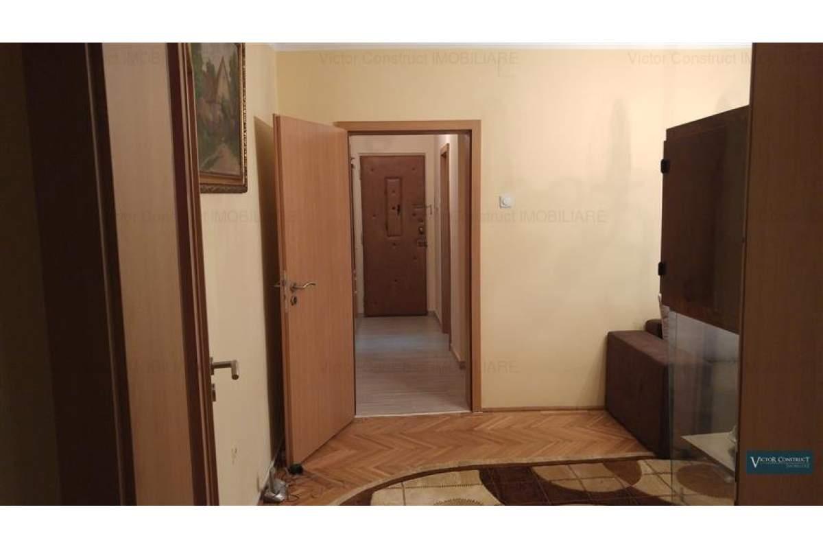 Apartament 3 camere Complex- Sala Olimpia