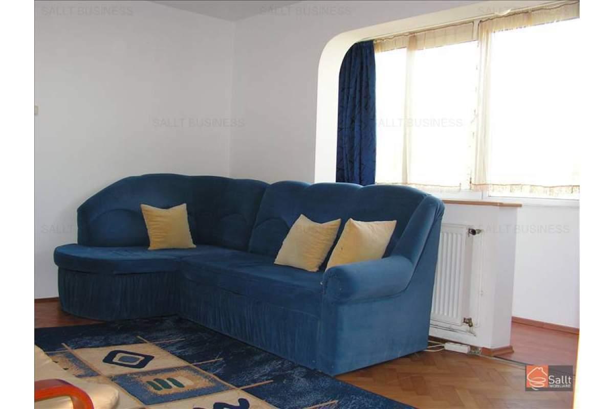 Apartament 3 camere cu Centrala Gaz, Circumvalatiunii, 350 euro/luna