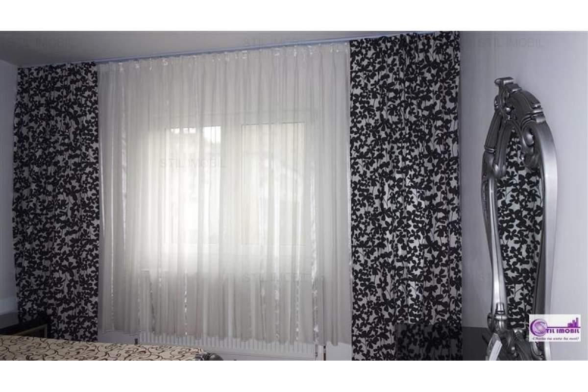 Apartament 3 camere decomandat zona Alexandru cel Bun