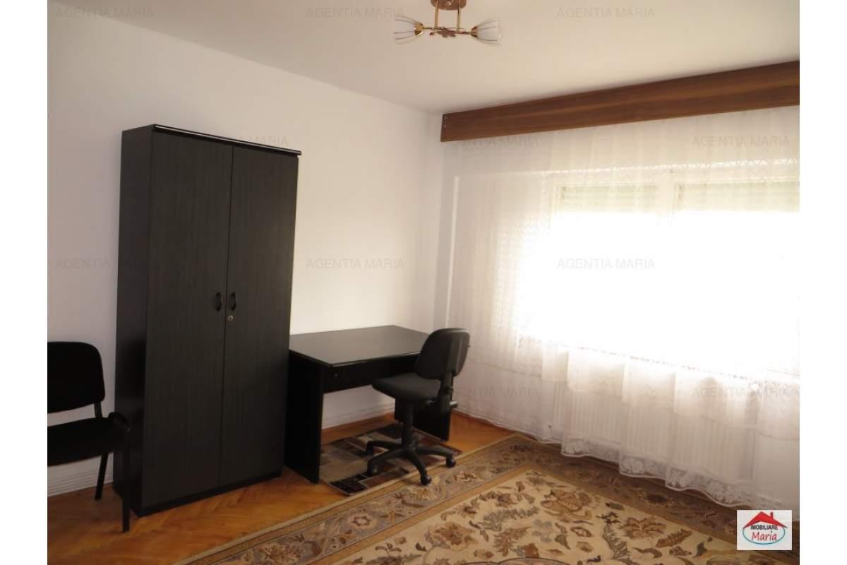 Apartament 3 camere etajul 1, mobilat