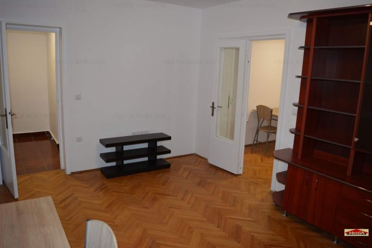 Apartament 3 camere mobilat si utilat nou