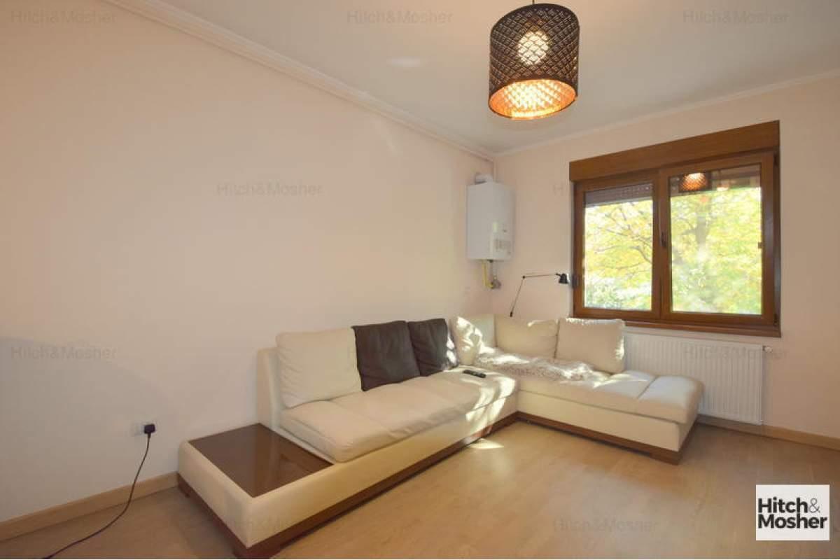 Apartament cu 2 camere de inchiriat-Iulis Mall