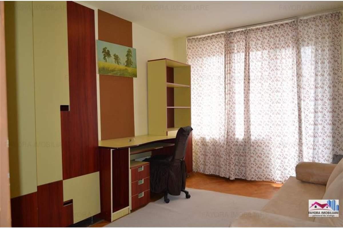 Apartament cu 3 Camere de Inchiriat in Zona Ultracentrala