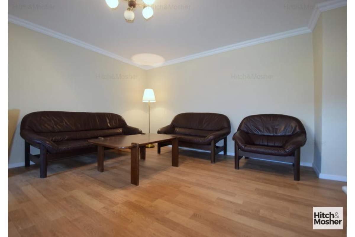 Apartament cu 3 camere in zona Timocului-Saguna