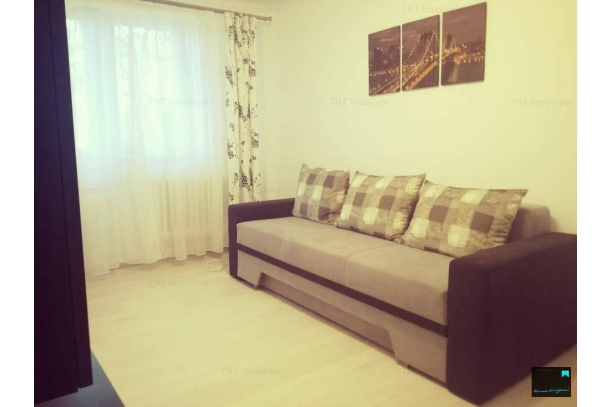 Apartament cu o camera decomandat in Tatarasi