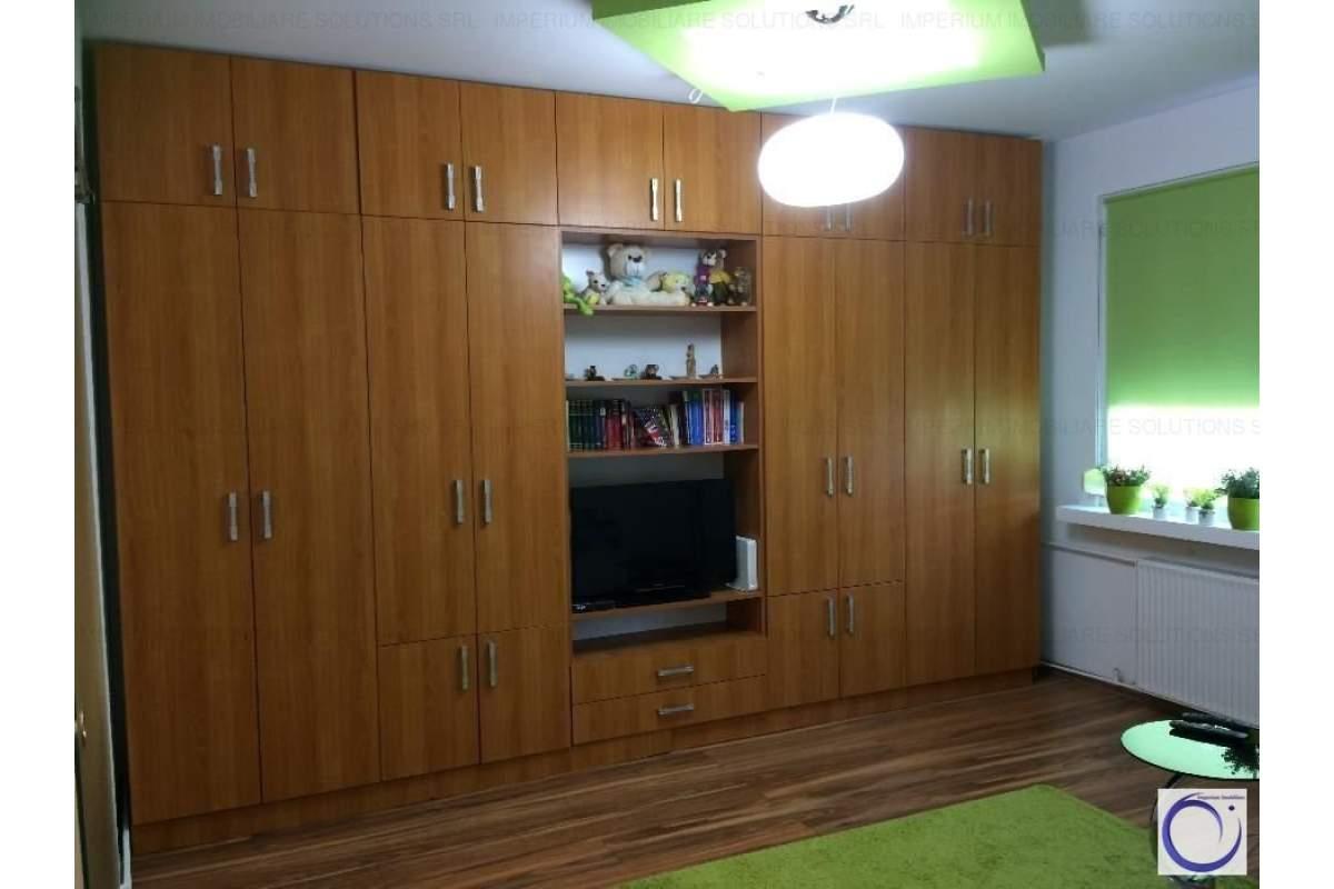 Apartament cu o camera, zona Lipovei
