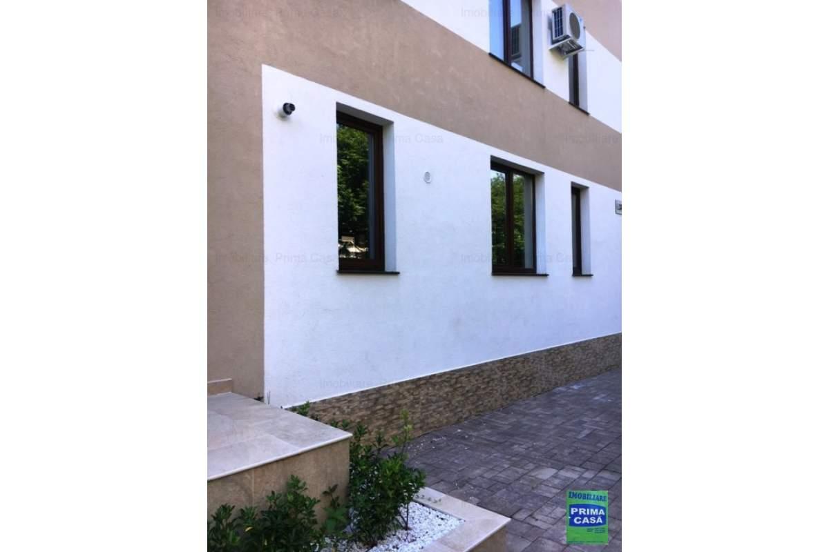 Apartament de LUX, 2 camere finisat nou, mobilat si utilat 650E/luna