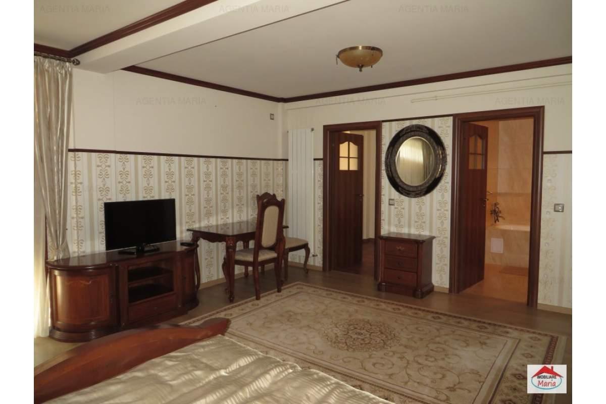 Apartament etajul 1 tip garsoniera