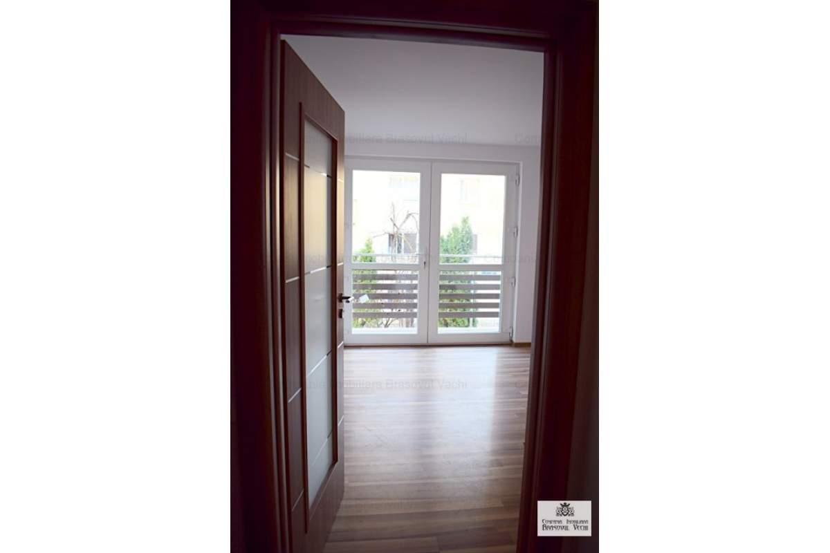 Apartament in imobil nou, ofer pe termen lung.
