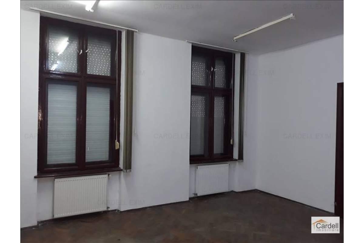 apartament la casa central
