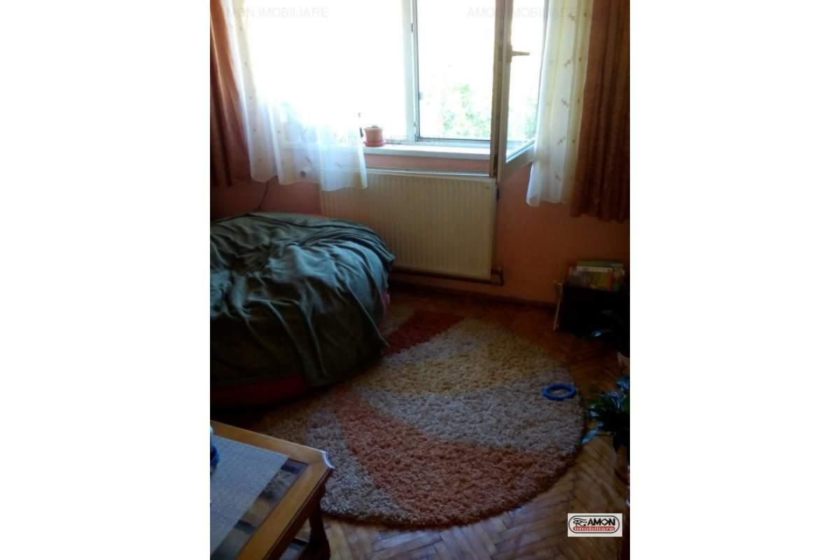 Apartament la casa de inchiriat -Functionarilor