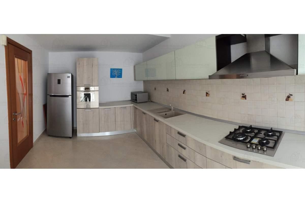 Apartament mobilat 4 camere zona Herastrau