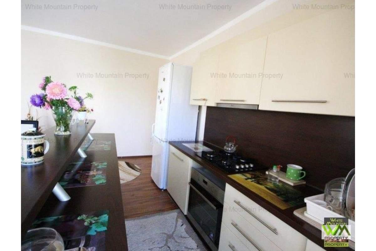 Apartament superb cu trei camere de inchiriat in Avantgarden 1