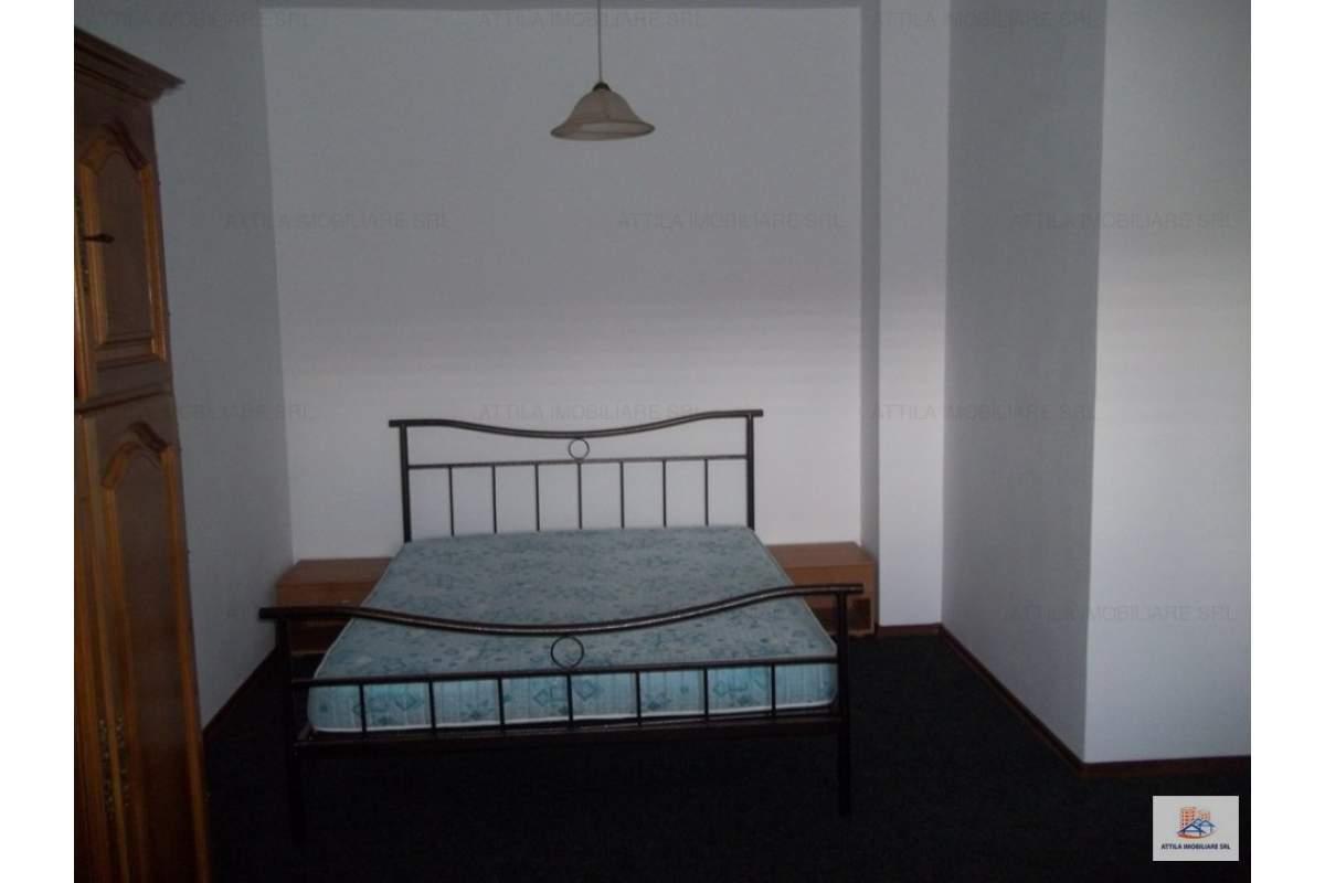 Balcescu o camera in vila 280 euro