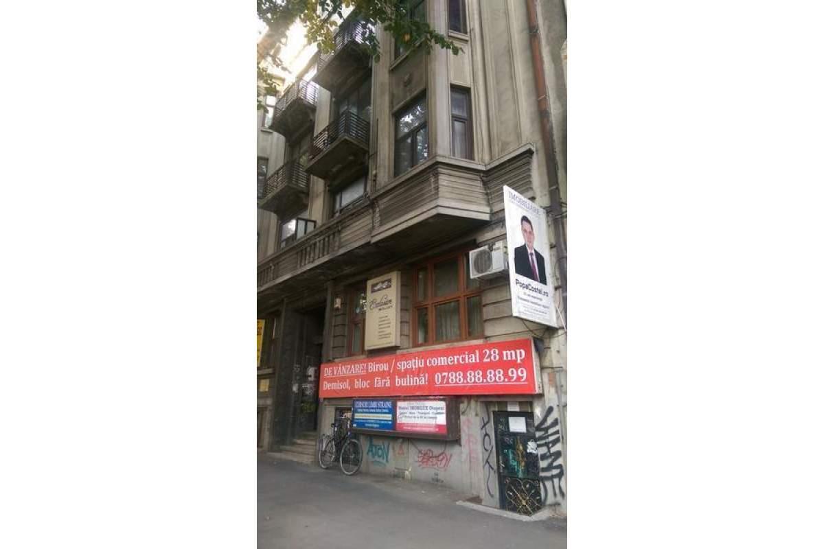 Carol- spatiu demisol ideal birou/comercial/locuit, stradal, reclama