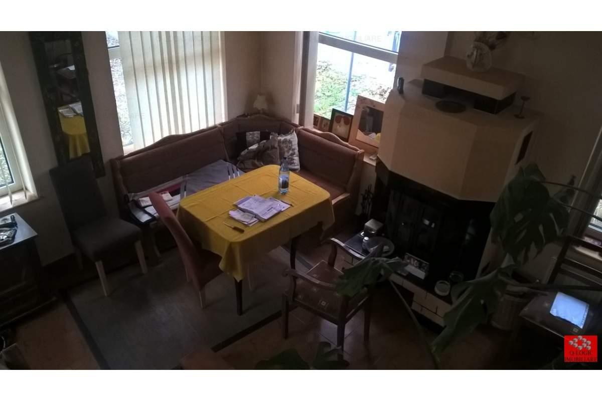 Casa 8 camere mobilata si utilata zona Astra