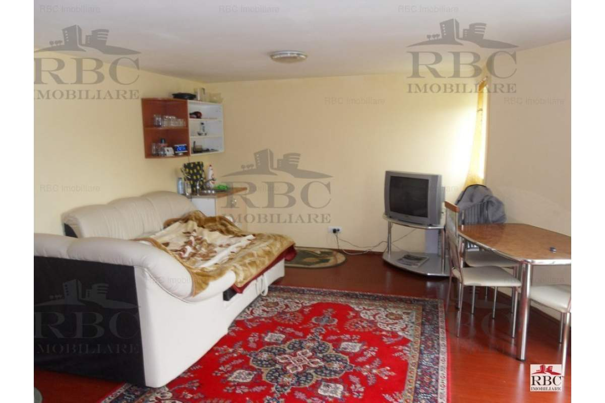 Casa cu 5 camere zona Grand Hotel Italia