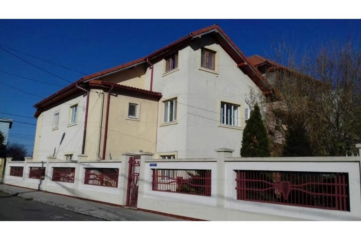 Casa cu etaj/mansarda km 4-5