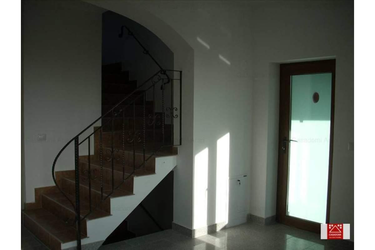 Casa de inchiriat 11 camere