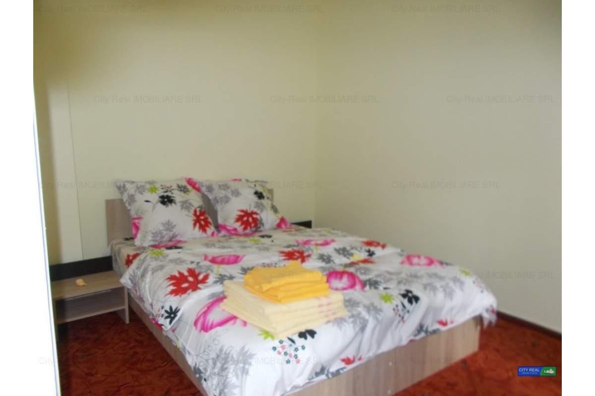 Casa de inchiriat in regim hotelier.110 euro/zi neg(6 persoane),3 camere.