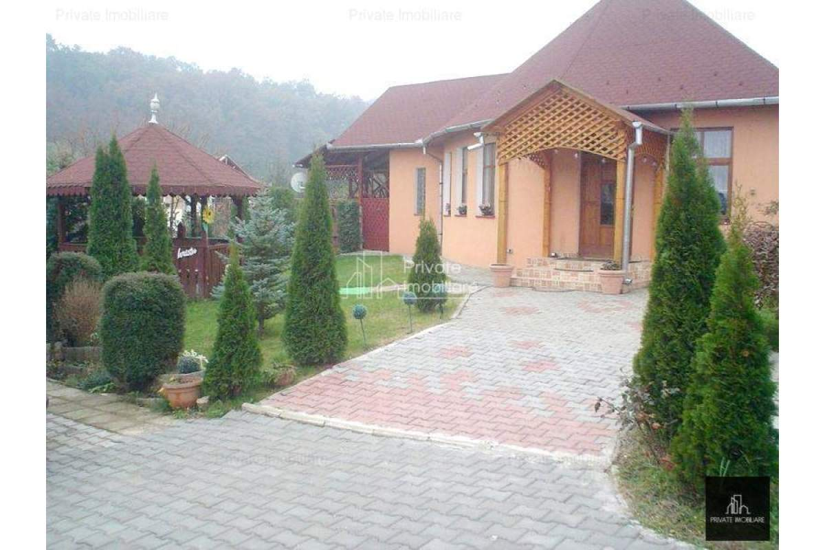 Casa In Voiniceni, Mures, 150 Mp
