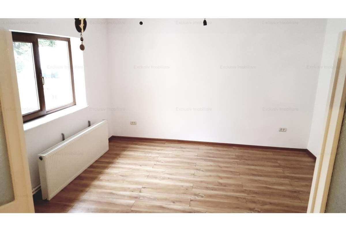 Casa renovata 4 cam 95 mp + 80 mp curte, gaze, 2 intrari - TOTUL NOU !