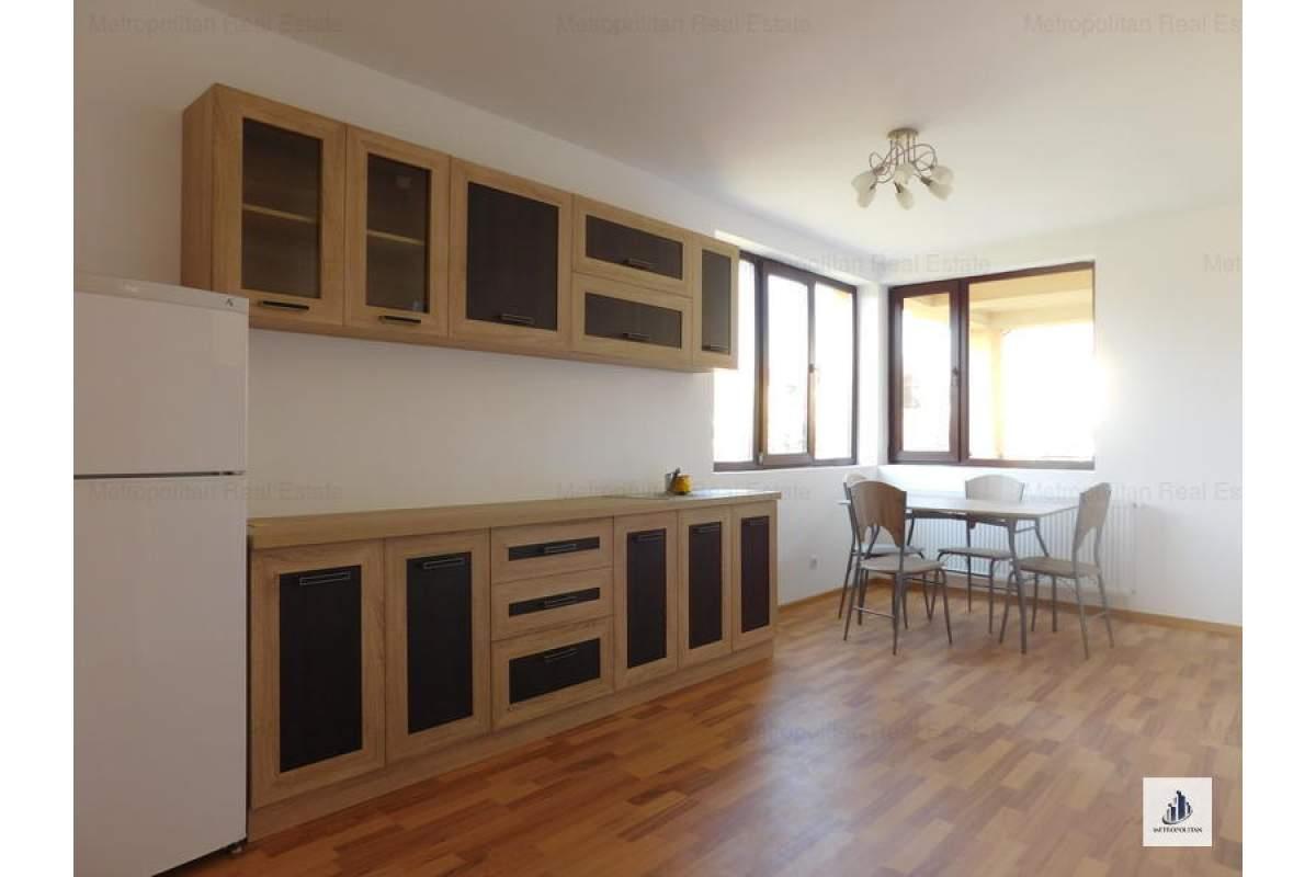 Casa/Vila spatioasa cu 5 camere de inchiriat in zona Someseni