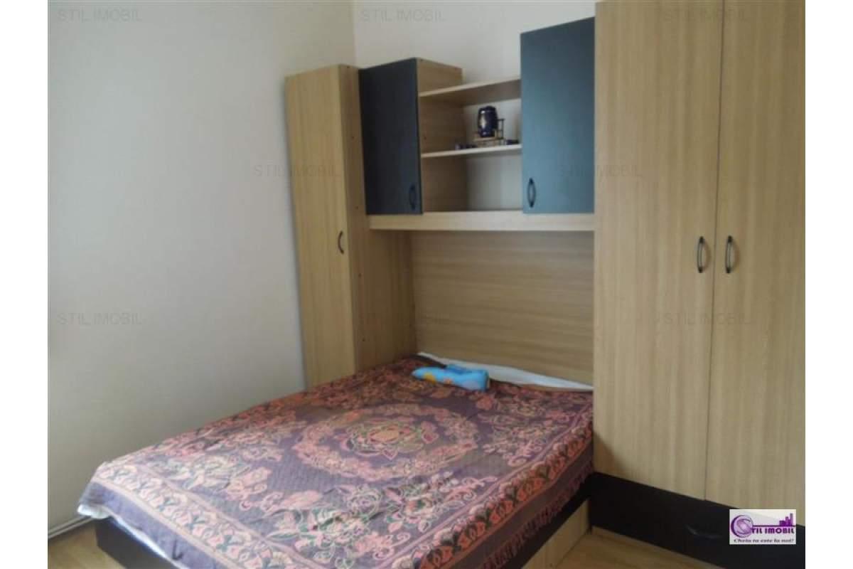 Centru Stefan cel Mare apartament 3 camere