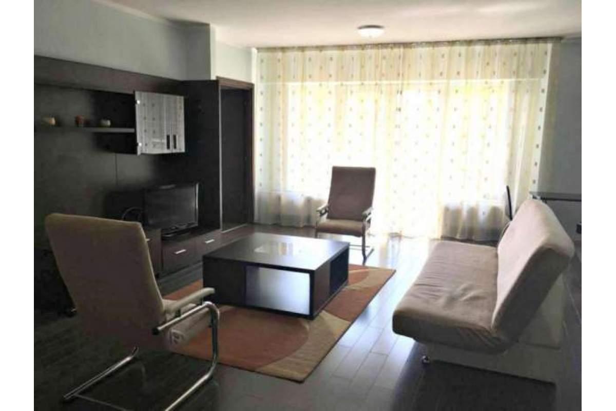 De inchiriat apartament 2 camere in Plopilor