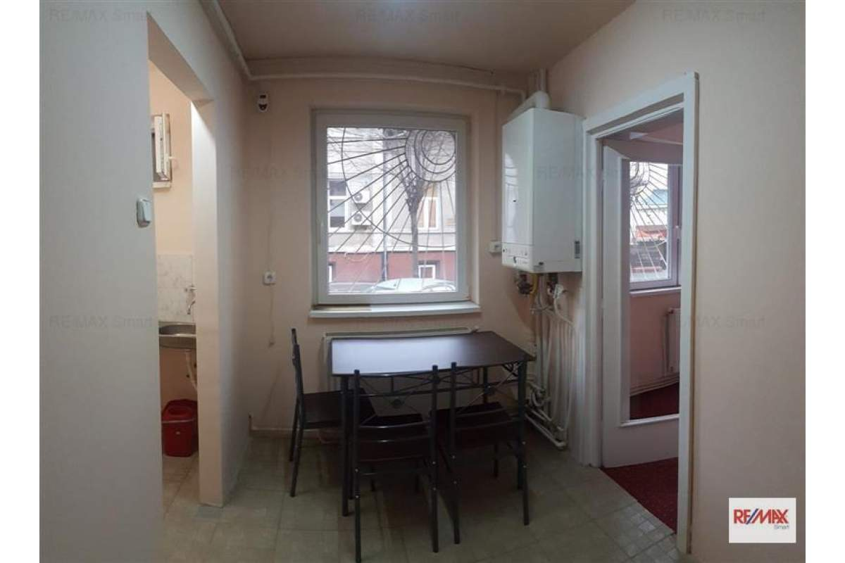 De inchiriat apartament 2 camere Ultracentral - Satu Mare