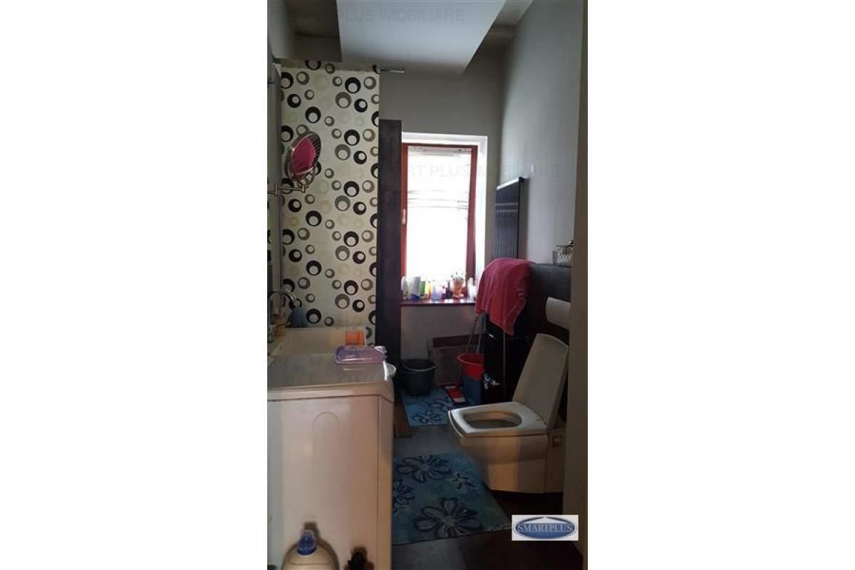 De inchiriat apartament 4 camere Ultracentral - Satu Mare