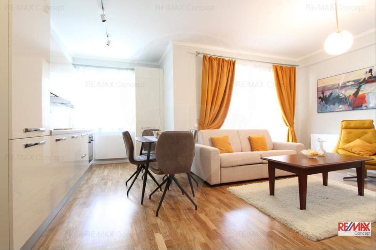 De inchiriat apartament de lux, ultrafinisat, utilat si mobilat
