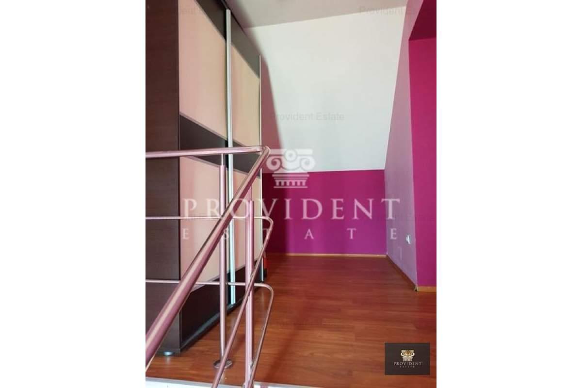 De vanzare/inchiriat apartament 3 camere