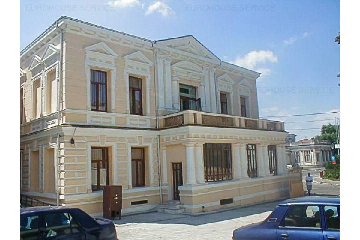 Imobil(vila) cu destinatie de birouri Braila INCHIRIATA