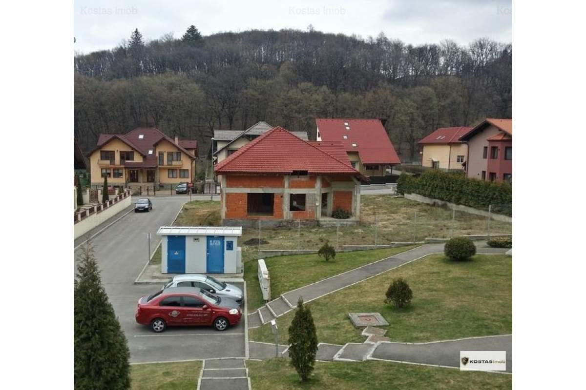 Inchiriem apartament 3 camere in casa tip duplex zona rezidentiala Brasov