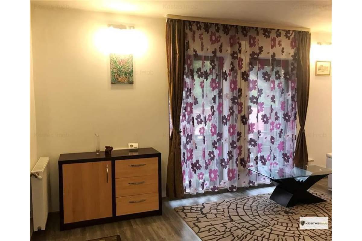 Inchiriem casa cu 5 camere, situata in Scheii Brasovului.