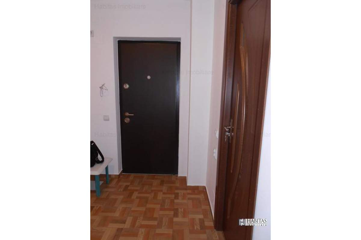 Inchiriere, ap 1 camera, Borhanci, garaj subteran, etaj intermediar
