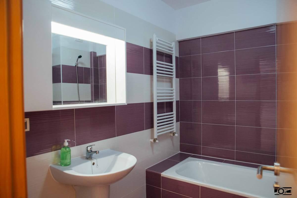 Inchiriere apartament 2 camere, 47 mp, Viva City