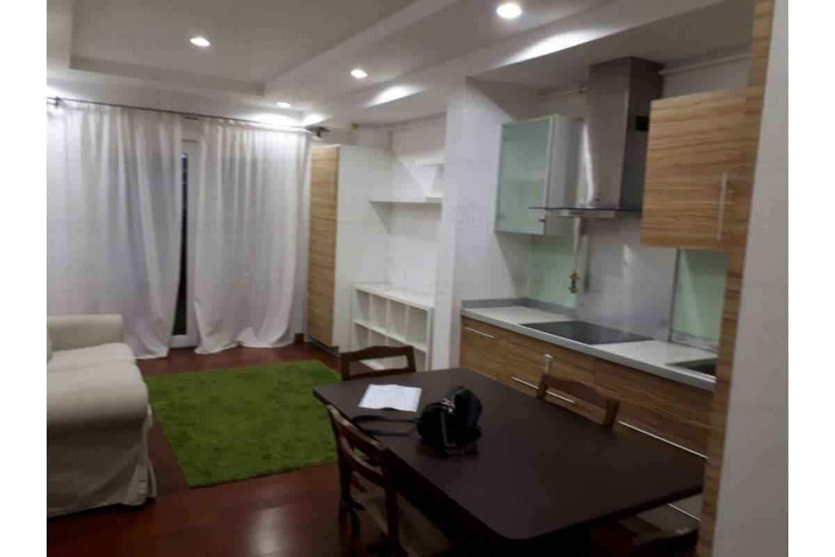Inchiriere apartament 3 camere Cosmopolis - complet mobilat - 400eur