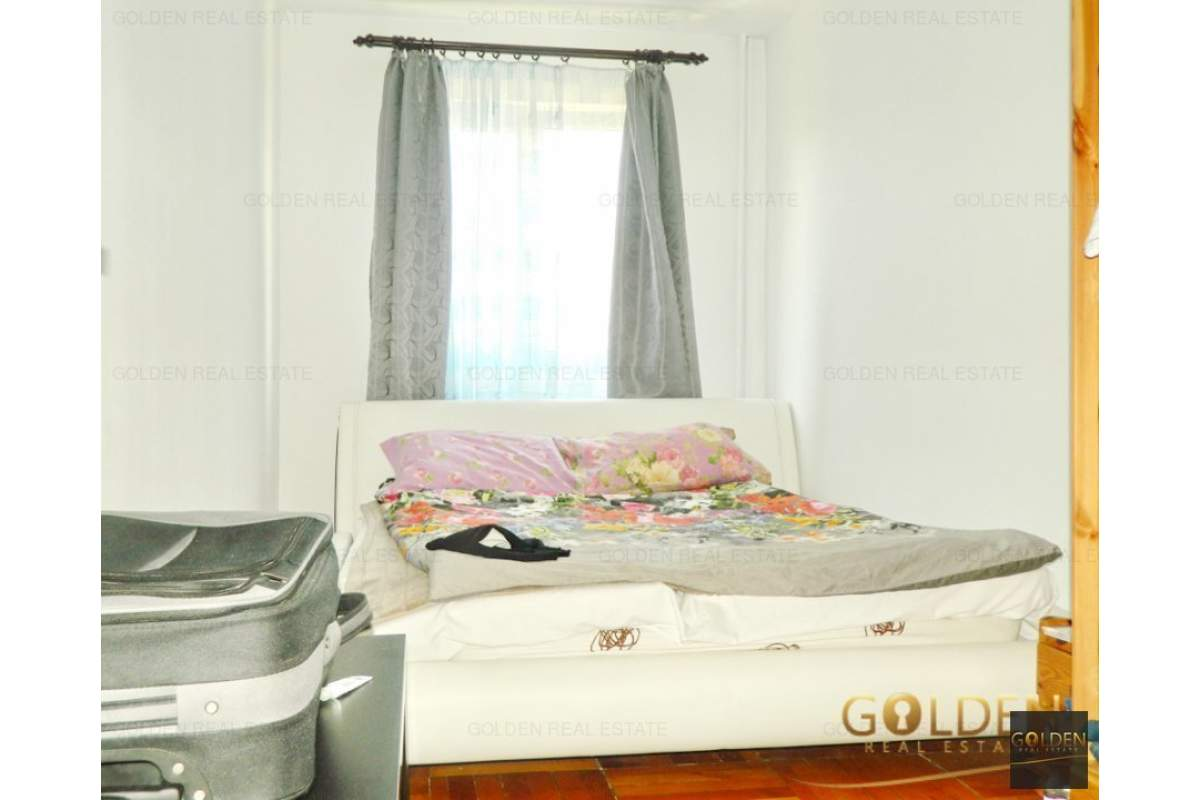Inchiriez apartament 3 camere, zona Vlaicu-Fortuna, etaj 3, semidecomandat